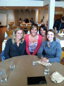 Meeting (again!) with Tina and Chelsey (Clean Eating Chelsy) at the Chicago Marathon - so fab!!